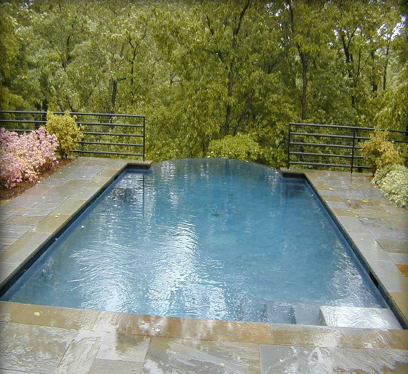 Variegated Thermal Rocked Edge Coping & Full Color Natural Cleft Multiple Pattern Decking