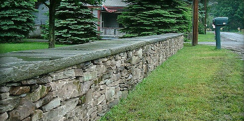Fieldstone Wall with Natural Cleft Rocked Edge Coping