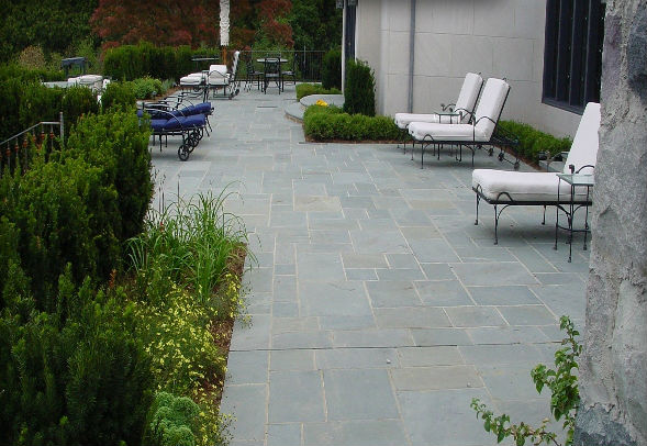 Blue/Gray Natural Cleft Multiple Pattern Paving